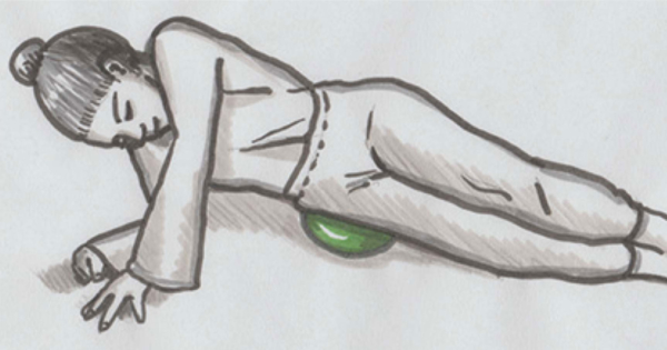 Fasziale Selbstmassage: Großflächige Behandlung der Hüften